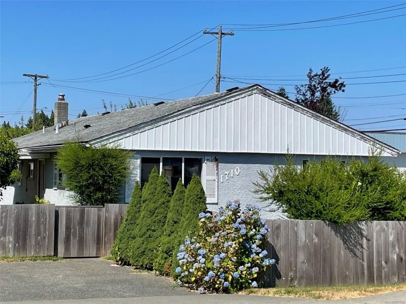 FEATURED LISTING: 1710 15th Ave