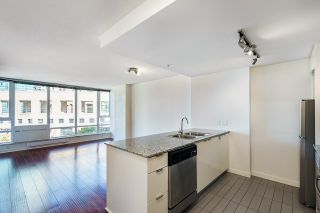 """Photo 12: 1205 788 HAMILTON Street in Vancouver: Downtown VW Condo for sale in """"TV TOWER 1"""" (Vancouver West)  : MLS®# R2614226"""