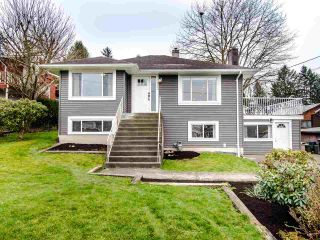 """Photo 1: 21744 48A Avenue in Langley: Murrayville House for sale in """"MURRAYVILLE"""" : MLS®# R2451789"""