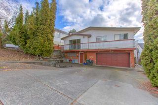 Photo 1: 3960 WILLIAM Street in Burnaby: Willingdon Heights House for sale (Burnaby North)  : MLS®# R2435946