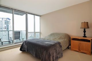 """Photo 7: 3203 9981 WHALLEY Boulevard in Surrey: Whalley Condo for sale in """"PARK PLACE II"""" (North Surrey)  : MLS®# R2327645"""
