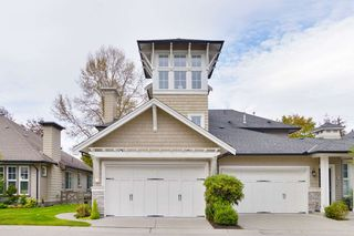 "Photo 1: 40 19452 FRASER Way in Pitt Meadows: South Meadows Townhouse for sale in ""SHORELINE"" : MLS®# R2511047"