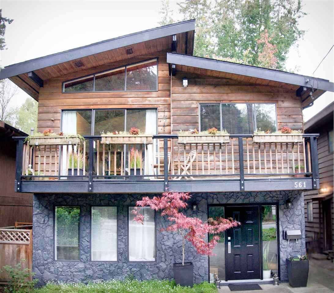 Main Photo: 561 RIVERSIDE DRIVE in North Vancouver: Seymour NV House for sale : MLS®# R2212745