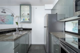 """Photo 9: 1106 1068 HORNBY Street in Vancouver: Downtown VW Condo for sale in """"The Canadian at Wall Centre"""" (Vancouver West)  : MLS®# R2485432"""
