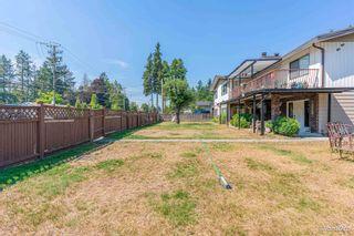 Photo 3: 15671 15673 88 AVE in Surrey: Fleetwood Tynehead Duplex for sale : MLS®# R2610439