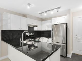 """Photo 7: 225 738 E 29TH Avenue in Vancouver: Fraser VE Condo for sale in """"CENTURY"""" (Vancouver East)  : MLS®# R2146306"""