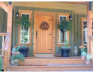 Photo 3: 127 CLARK RD in Gibsons: Gibsons & Area House for sale (Sunshine Coast)  : MLS®# V561909