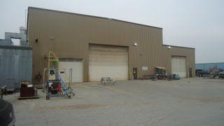 Photo 2: 6115 30 Street NW in Edmonton: Zone 42 Industrial for sale : MLS®# E4266347