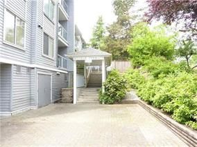 Photo 2: 203 11671 FRASER Street in Maple Ridge: East Central Condo for sale : MLS®# R2161896
