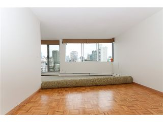 """Photo 4: # 901 2055 PENDRELL ST in Vancouver: West End VW Condo for sale in """"PANORAMA PLACE"""" (Vancouver West)  : MLS®# V911013"""
