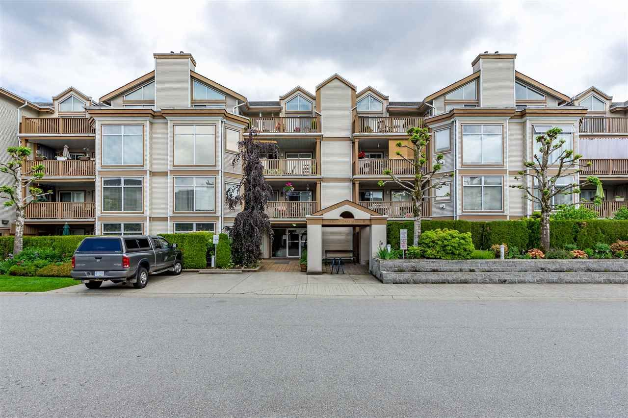 Main Photo: 404 19131 FORD ROAD in : Central Meadows Condo for sale : MLS®# R2372445
