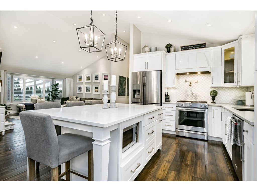 Photo 14: Photos: 1566 184 Street in Surrey: Hazelmere House for sale (South Surrey White Rock)  : MLS®# R2499303