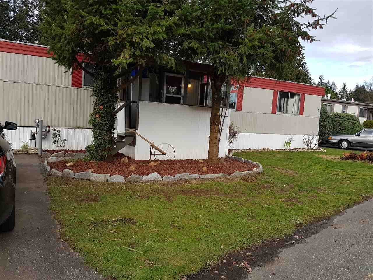 """Main Photo: 3 3031 200 Street in Langley: Brookswood Langley Manufactured Home for sale in """"Cedar Creek Estates"""" : MLS®# R2123592"""