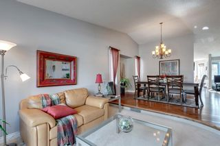 Photo 4: 53 Wood Valley Road SW in Calgary: Woodbine Detached for sale : MLS®# A1111055