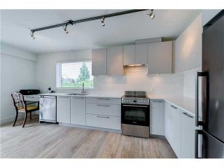 """Photo 7: 206 1661 E 2ND Avenue in Vancouver: Grandview VE Condo for sale in """"2ND & COMMERCIAL"""" (Vancouver East)  : MLS®# V1136892"""