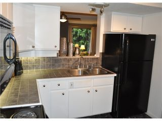 Photo 7: 492 LEHMAN PL in Port Moody: North Shore Pt Moody Condo for sale : MLS®# V1095381