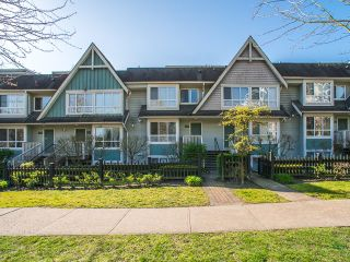 Photo 1: 6788 BERESFORD Street in Burnaby: Highgate Townhouse for sale (Burnaby South)  : MLS®# R2053840