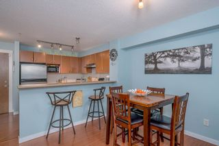 "Photo 8: 115 4723 DAWSON Street in Burnaby: Brentwood Park Condo for sale in ""COLLAGE"" (Burnaby North)  : MLS®# R2212643"