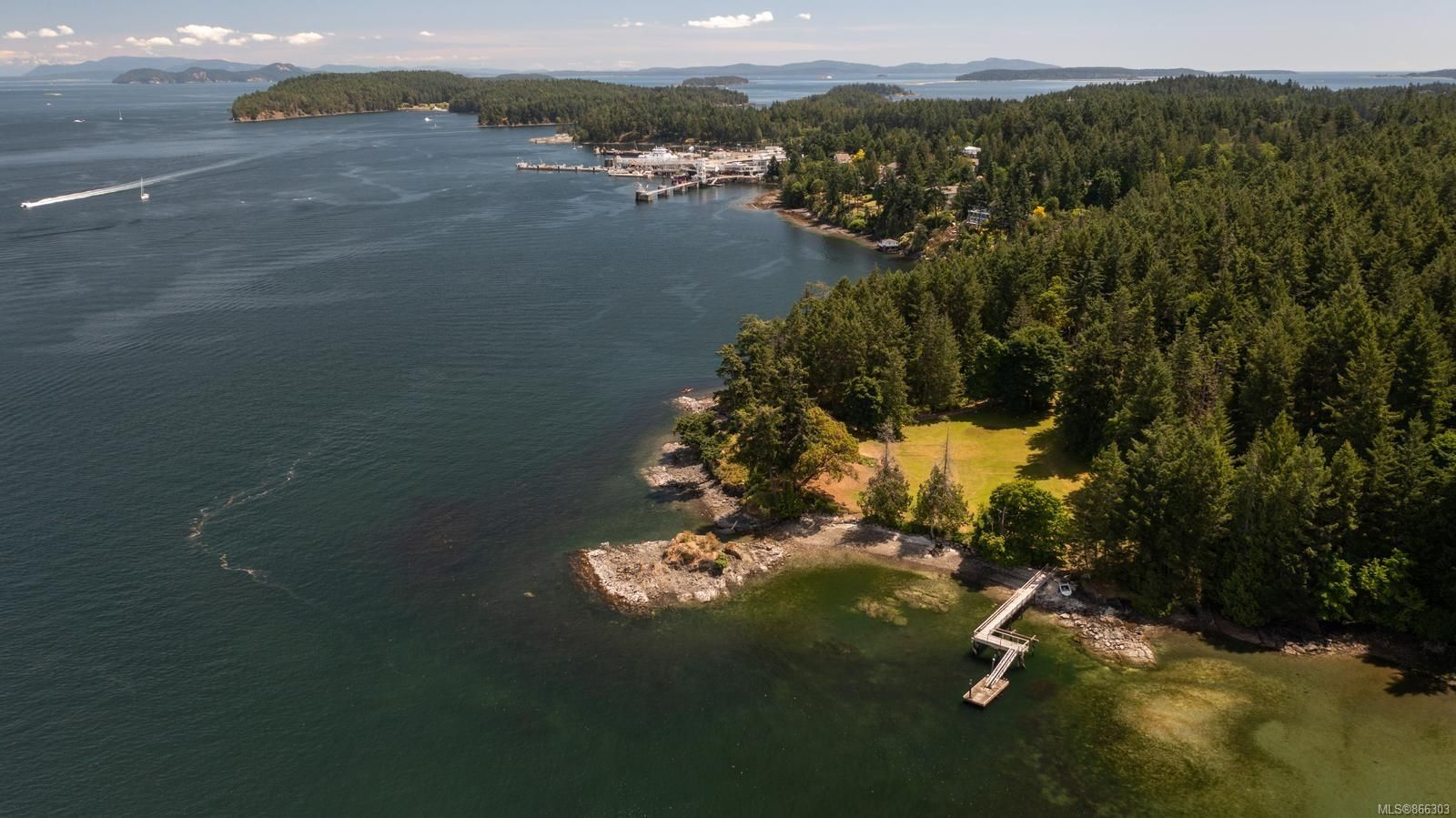 Main Photo: 1850 Lands End Rd in : NS Lands End House for sale (North Saanich)  : MLS®# 866303