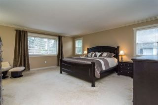 """Photo 11: 17728 68TH Avenue in Surrey: Cloverdale BC House for sale in """"Cloverdale"""" (Cloverdale)  : MLS®# R2252665"""