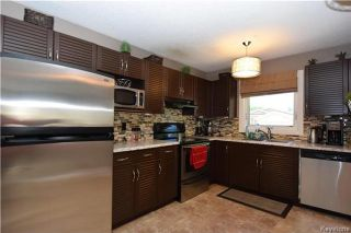 Photo 5: 107 Pinetree Crescent in Winnipeg: Riverbend Residential for sale (4E)  : MLS®# 1716061