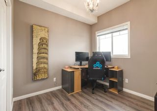 Photo 18: 179 Sierra Morena Landing SW in Calgary: Signal Hill Semi Detached for sale : MLS®# A1147981