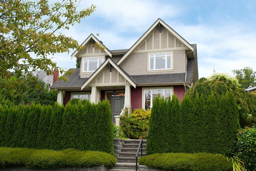 Main Photo: 4069 W 34TH Avenue in Vancouver: Dunbar House for sale (Vancouver West)  : MLS®# V1086034