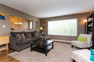 Photo 2: 34736 1ST Avenue in Abbotsford: Poplar House for sale : MLS®# R2391254
