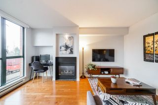"Photo 2: 306 55 ALEXANDER Street in Vancouver: Downtown VE Condo for sale in ""55 ALEXANDER"" (Vancouver East)  : MLS®# R2534149"