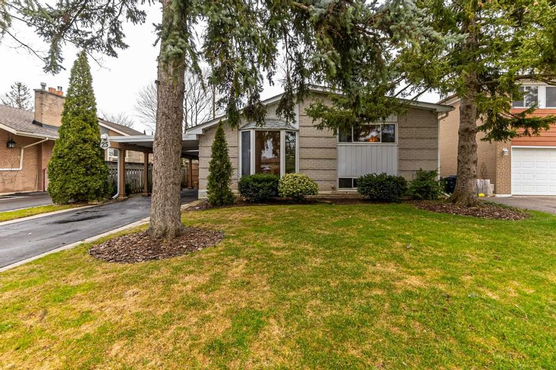 FEATURED LISTING: 25 Nuffield Drive Toronto
