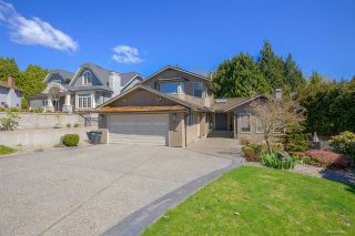 """Photo 2: 8217 WOODLAKE Court in Burnaby: Government Road House for sale in """"GOVERNMENT ROAD AREA"""" (Burnaby North)  : MLS®# R2159294"""