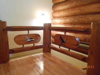 Photo 3: 7635 Mountain Drive in Anglemont: North Shuswap House for sale (Shuswap)  : MLS®# 10051750
