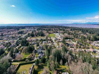 Photo 8: 2462 139 Street in Surrey: Elgin Chantrell House for sale (South Surrey White Rock)  : MLS®# R2556966