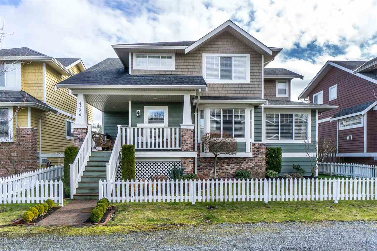 Main Photo: 4326 PIONEER COURT in : Abbotsford East House for sale : MLS®# R2243678