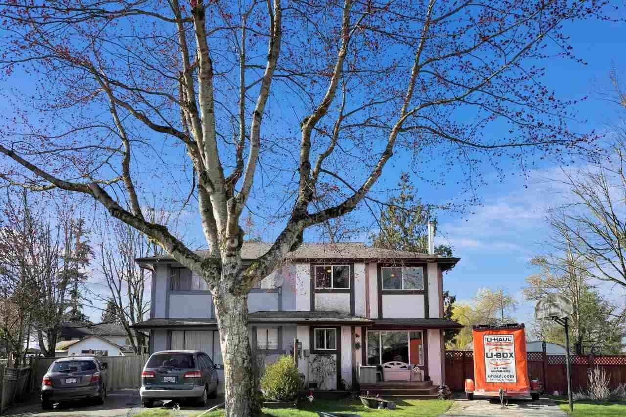 Main Photo: 6283 MORGAN Place in Surrey: Cloverdale BC 1/2 Duplex for sale (Cloverdale)  : MLS®# R2558016