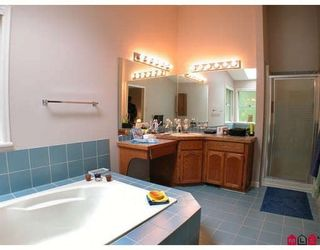 Photo 8: 2385 130 Street in Huntington Park: Home for sale : MLS®# F2918381