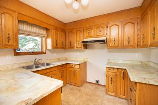 Photo 8: 135 Mayfield Crescent in Winnipeg: Charleswood Residential for sale (1G)  : MLS®# 202011350