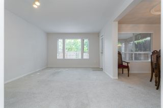 Photo 8: 133 15550 26 AVENUE in Surrey: King George Corridor Townhouse for sale (South Surrey White Rock)  : MLS®# R2400272