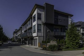 "Photo 20: 38375 EAGLEWIND Boulevard in Squamish: Downtown SQ Townhouse for sale in ""Eaglewind"" : MLS®# R2395210"