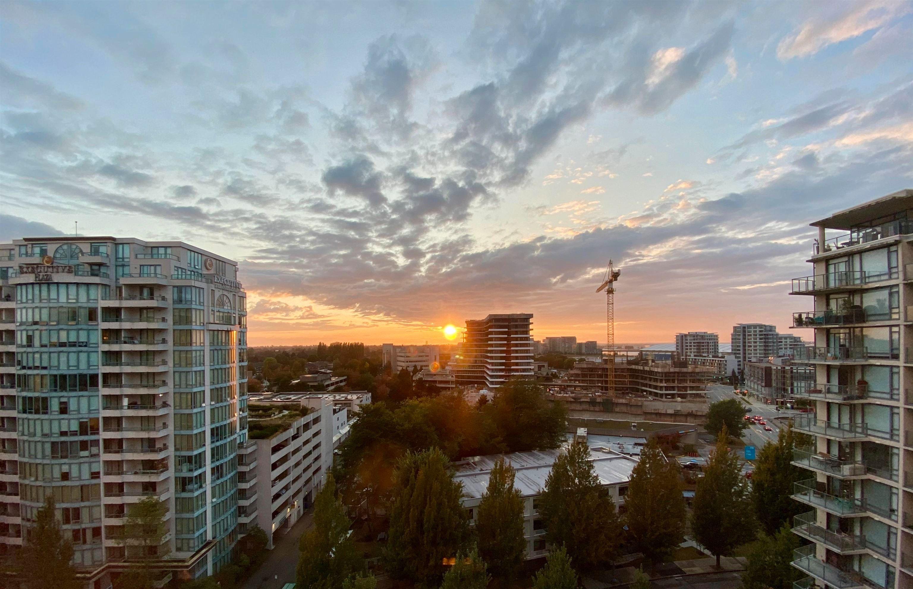 Main Photo: 1507 6888 ALDERBRIDGE WAY in Richmond: Brighouse Condo for sale : MLS®# R2614373