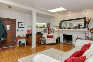 Photo 6: MISSION HILLS House for sale : 3 bedrooms : 3867 Pringle Street in San Diego