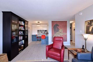 Photo 5: 316 964 Heywood Ave in : Vi Fairfield West Condo for sale (Victoria)  : MLS®# 867328