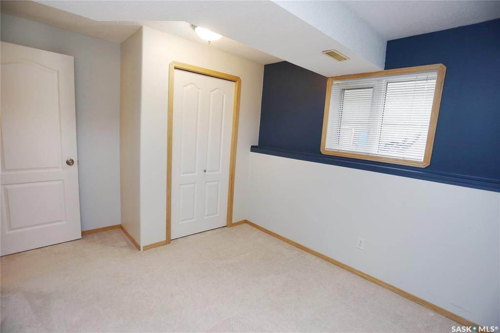 Photo 37: Photos: 206 1st Avenue North in Warman: Residential for sale : MLS®# SK796281