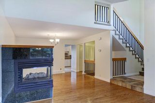 Photo 5: 43 STRATHEARN Crescent SW in Calgary: Strathcona Park Detached for sale : MLS®# C4183952