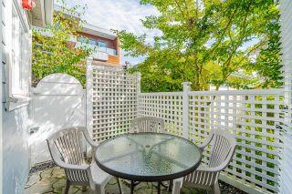 "Photo 7: 2029 ESQUIMALT Avenue in West Vancouver: Ambleside 1/2 Duplex for sale in ""Hollyburn Mews"" : MLS®# R2618342"