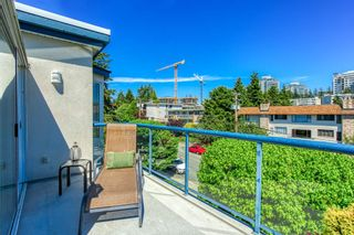 "Photo 20: 302 1441 BLACKWOOD Street in Surrey: White Rock Condo for sale in ""The Capistrano"" (South Surrey White Rock)  : MLS®# R2481015"