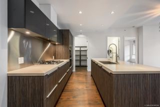 Photo 5: 402 1625 MANITOBA Street in Vancouver: False Creek Condo for sale (Vancouver West)  : MLS®# R2582135