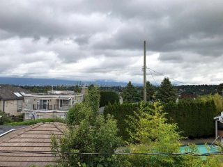 Photo 4: 2935 W 27TH Avenue in Vancouver: MacKenzie Heights House for sale (Vancouver West)  : MLS®# R2487706