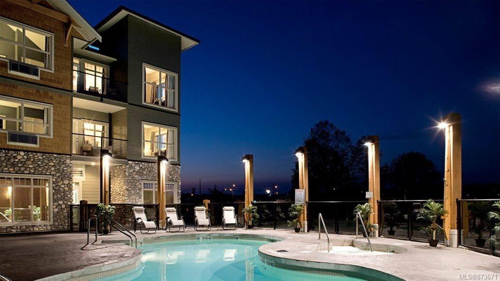 Main Photo: 310B 1730 Riverside Lane in : CV Courtenay City Condo for sale (Comox Valley)  : MLS®# 873671