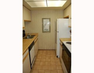 """Photo 8: 1 1182 W 7TH Avenue in Vancouver: Fairview VW Condo for sale in """"SAN FRANCISCAN"""" (Vancouver West)  : MLS®# V769853"""